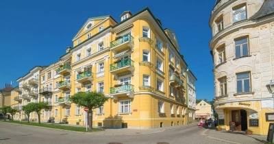 Hotel Royal **