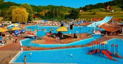 Experience vacation in Aquapark