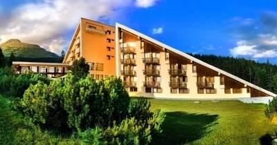 Отель Fis  ***